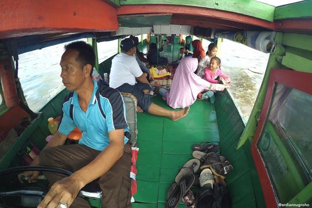 perahu kelotok